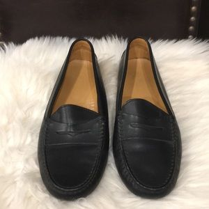 Authentic Tods Woman Driving shoes.8.5